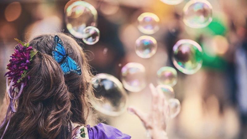 Мыльные пузыри в домашних условиях с глицерином − как сделать: 3 рецепта