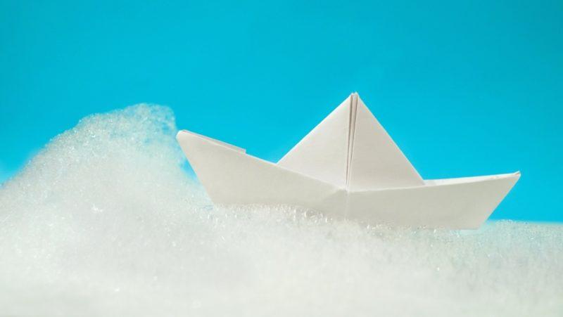 Как сделать кораблик из бумаги: пошаговая инструкция, 6 схем бумажных корабликов